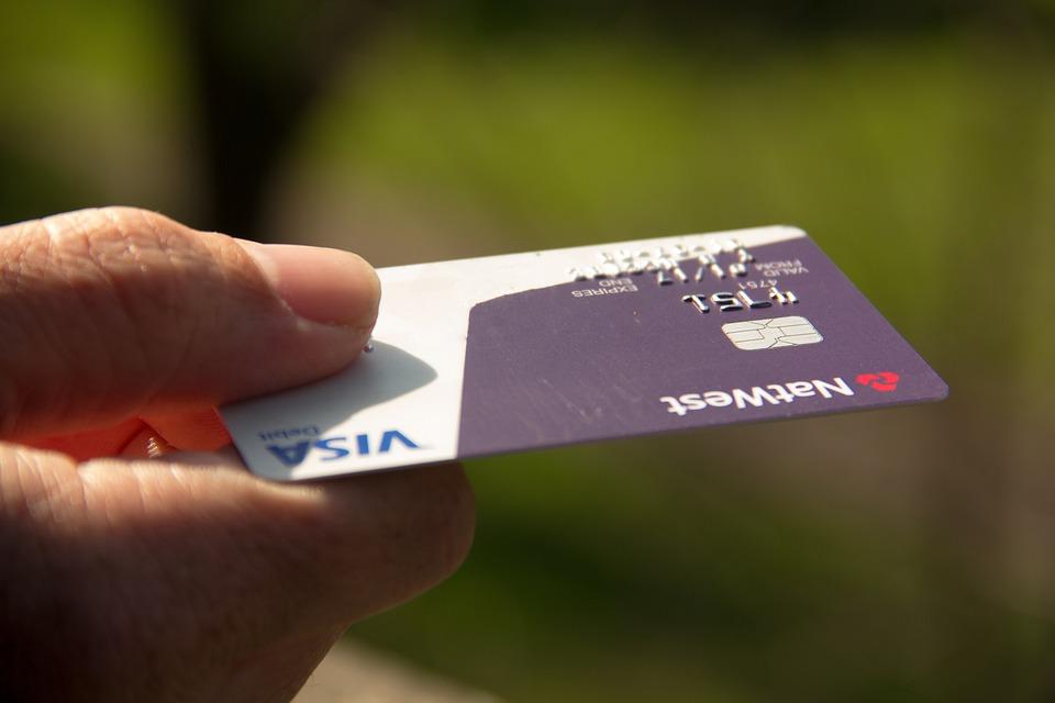 Avantage de la carte bancaire rechargeable sans compte bancaire