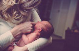 Entrepreneur : préparer l'arrivée de bébé à la maison